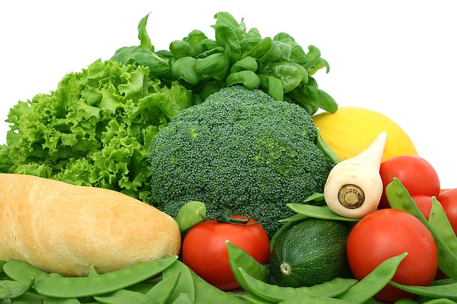 e837b2072af1033ed1584d05fb1d4390e277e2c818b412429df0c07ca5ee 640 - Simple Steps To Improve Your Nutrition.